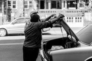 mechaniker-mobile-starthilfegeraet