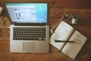 laptop-in-ear-headset