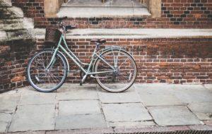 Schloss für Helm und Fahrrad