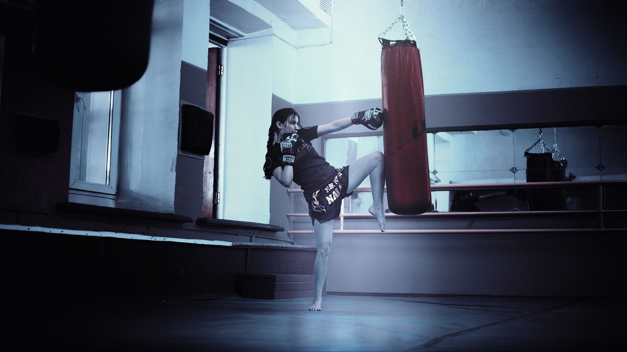 aufblasbarer-boxsack-punchingball