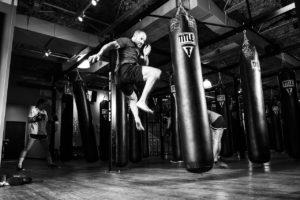 standboxsack-aufblasbar-kinder-und-erwachsene