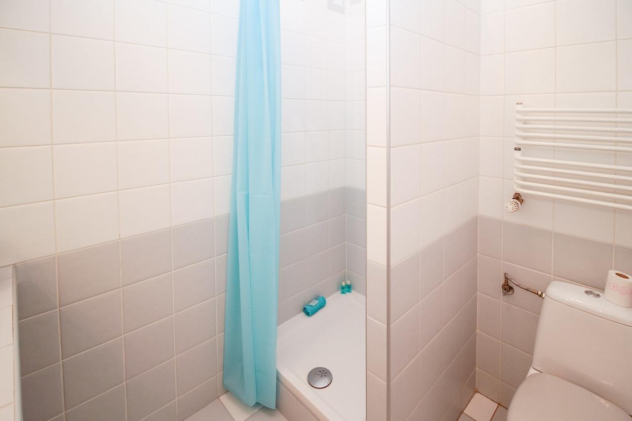duschvorhang-dusche