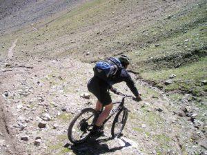 Zusatzbremshebel fuer maximale Sicherheit bei einem steilen Berg