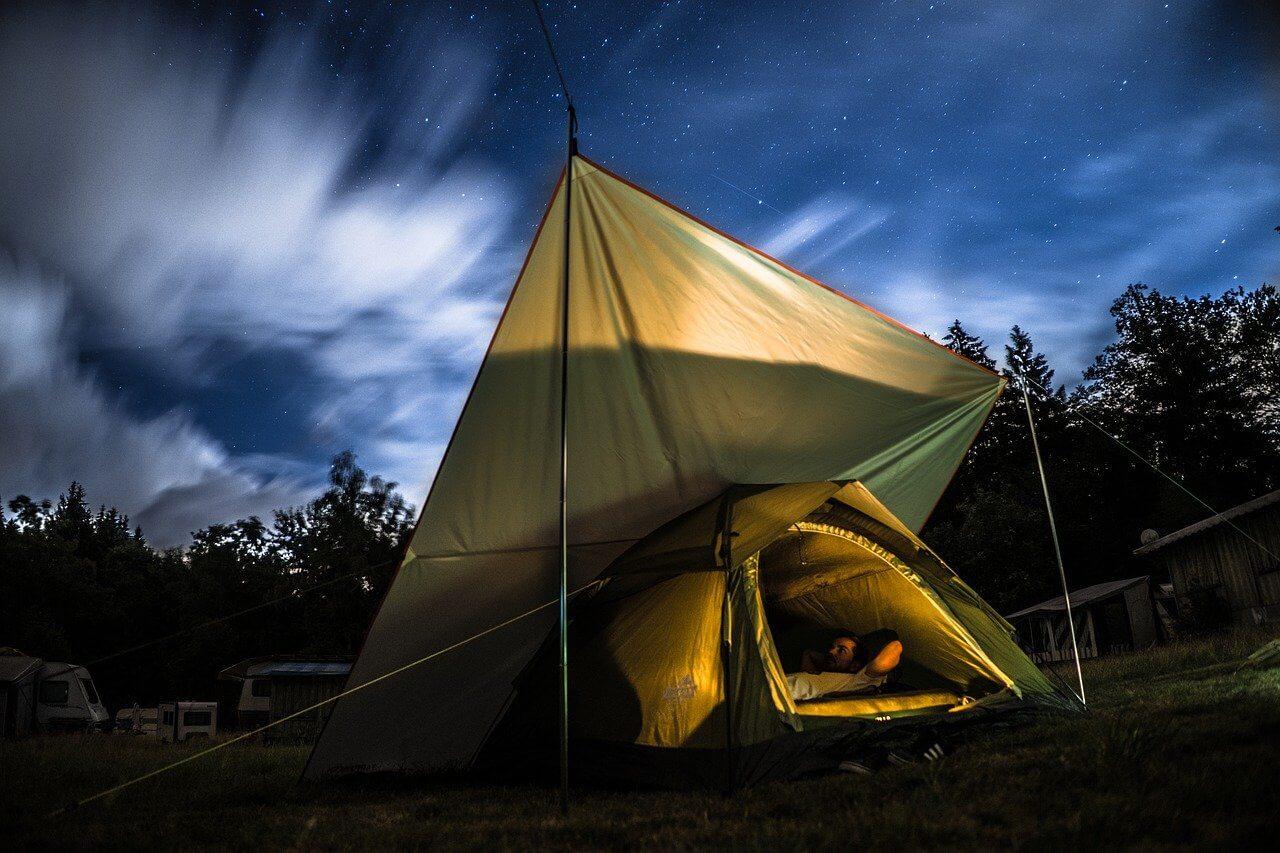 Outdoor Matratzenbezug ist zum Campen perfekt geeignet